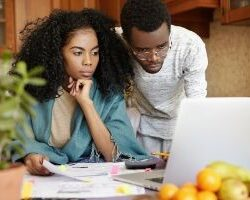photo-couple-looking-at-finances-test